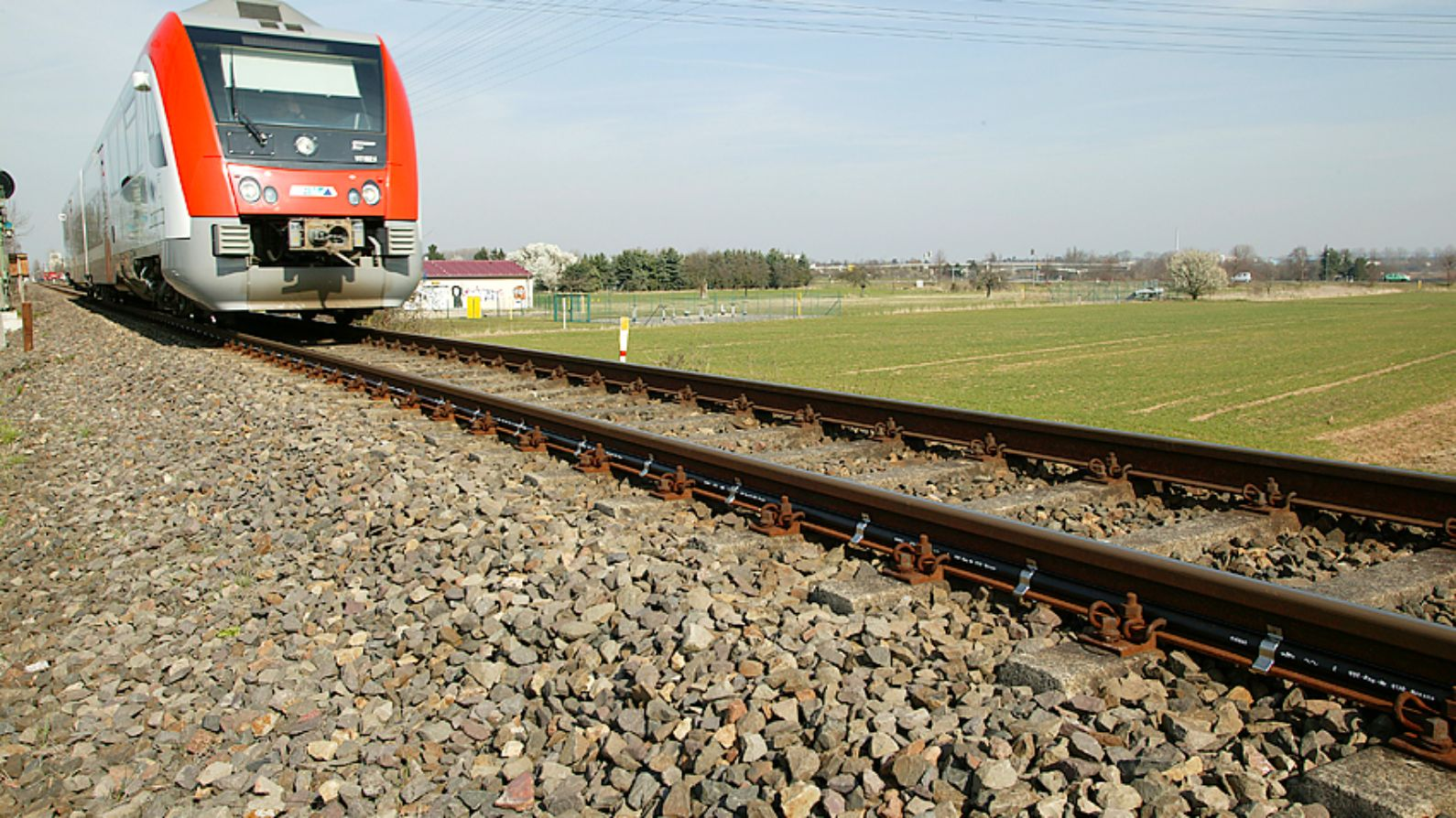 Nexans solution for high speed rail
