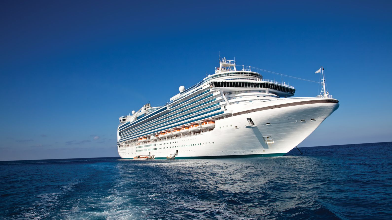Cruise ships equipped with Nexans cables and solutions